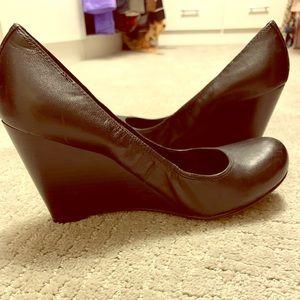 Jessica Simpson Black Round Toe Wedge Heels